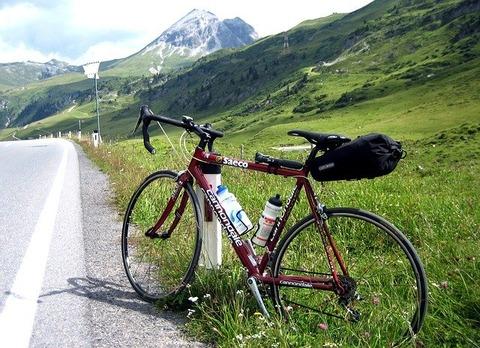 road-bike-761307_640