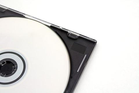 cd-1840048_640