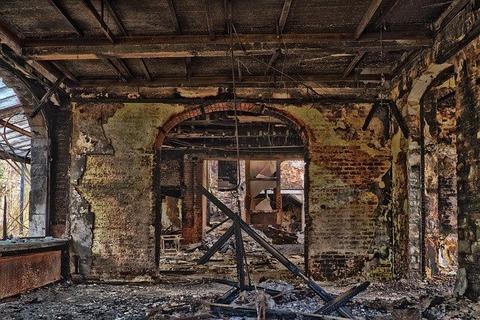 abandoned-3227498_640 (1)