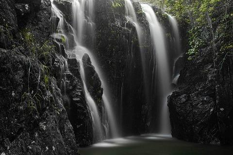 waterfalls-5645361_640