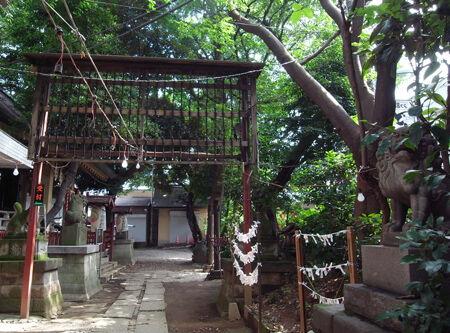 稲荷神社・皆中017
