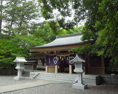 山内神社・拝殿