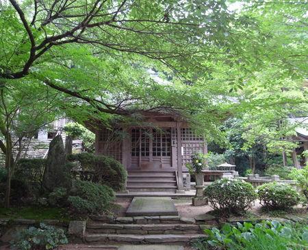 65三角寺・薬師堂