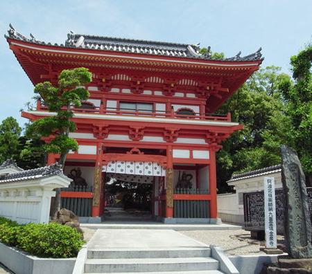 金泉寺・仁王門