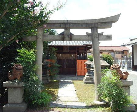 城興寺・薬院社
