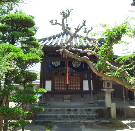万性寺・観音堂