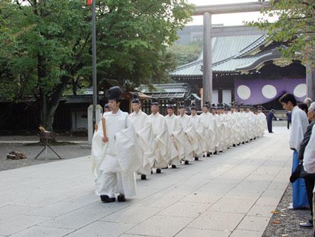 靖国神社200810奉納菊花
