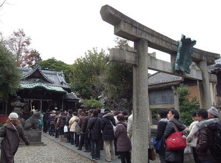 三囲神社・正月