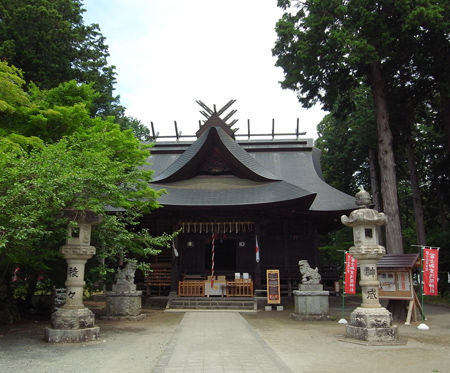 冨士御室浅間神社・里宮社殿