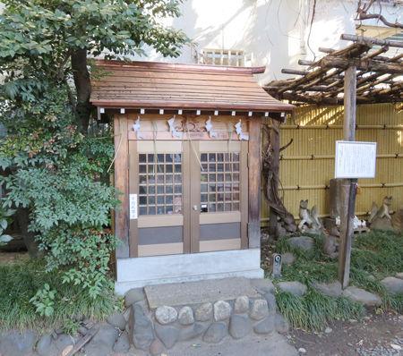 猿江神社・馬頭観音4