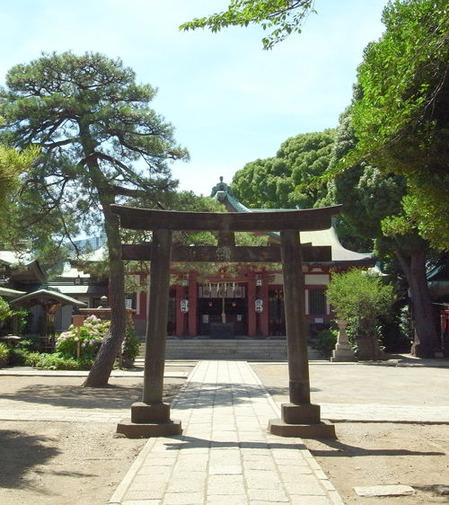 品川神社・境内
