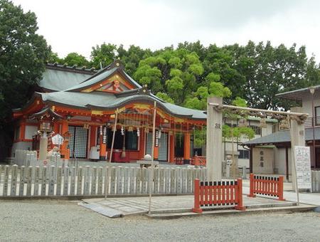 片山神社・本殿