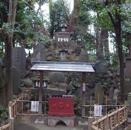 羽田神社・富士塚4