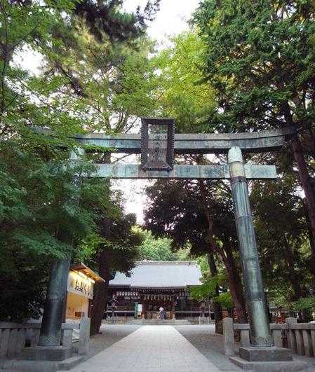 平塚八幡宮・鳥居