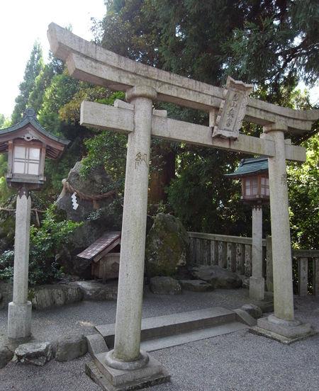 白山比め神社8