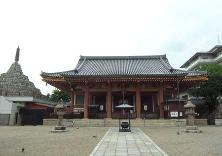 壬生寺・本堂・千体仏塔