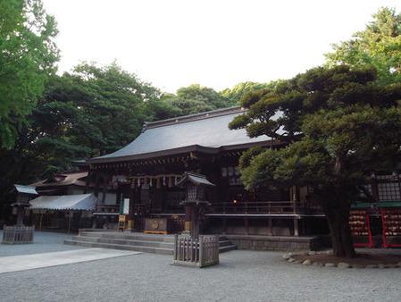 平塚八幡宮・拝殿