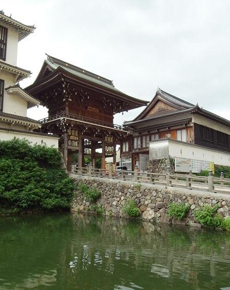 小倉八坂神社・東楼門
