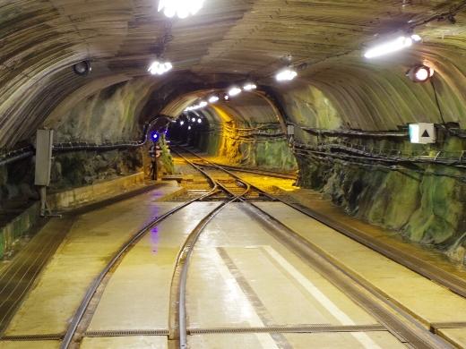 工事用トロッコ電車乗り場に到着。意外と広い!