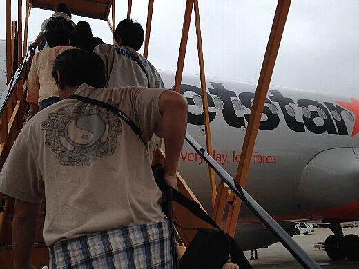 搭乗時間になり機内へ。使用機材はエアバスA320型機。フルパワーにしたときのエンジン音が独特で好きな機体w