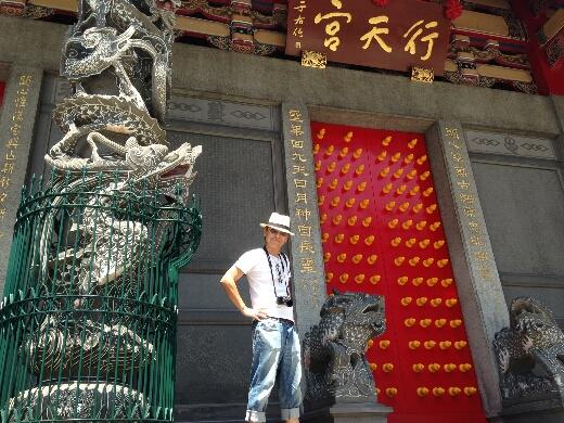 で、帰国前に台北市内の行天宮でも「商売繁盛」の御参りをしてきたよ。ガッツリ儲けてまた台湾に遊びにくるぜ!とw