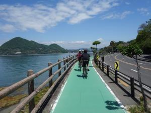 爽快なサイクリングロード
