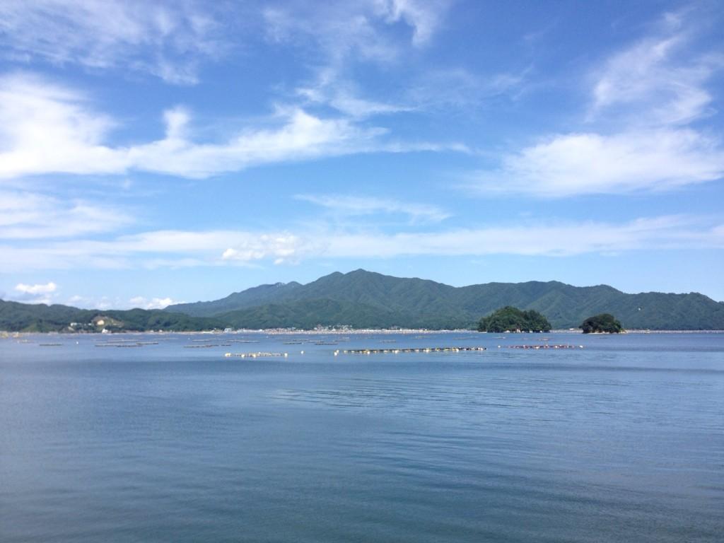 この辺は地元福井の若狭湾と ...