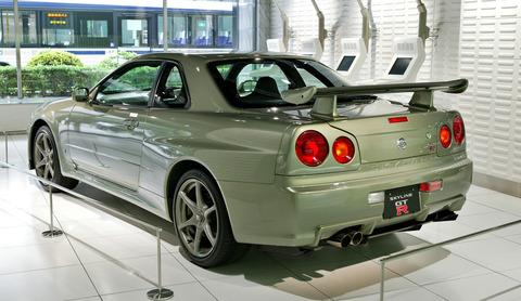 Nissan_Skyline_R34_GT-R_Nür_002