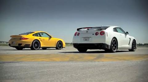Nissan-GTR-v-Porsche-911-Turbo-S