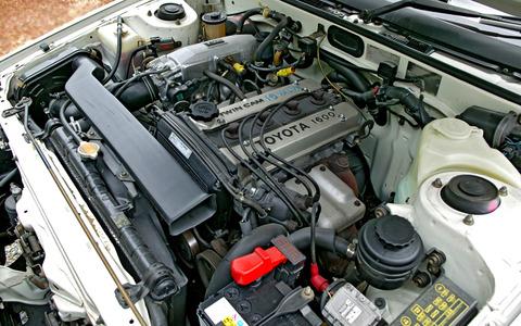 Toyota_Corolla_Levin_001