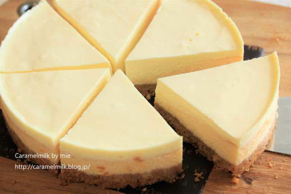 二層の仕立ての濃厚チーズケーキ(2)600×400