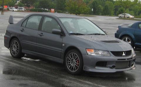 Mitsubishi-Lancer-EVO