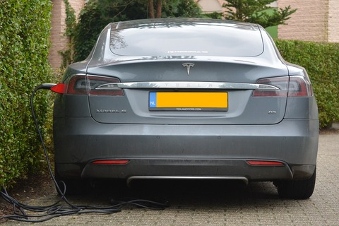 electric-car-513627_960_720