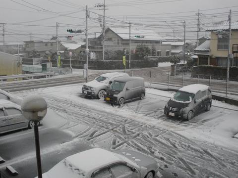 なかとがり雪景色