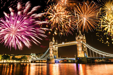 new-years-eve-2016-london-fireworks-768703