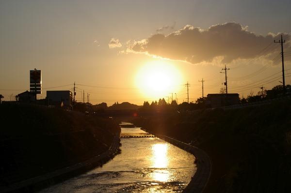 鶴見川の夕暮れ2