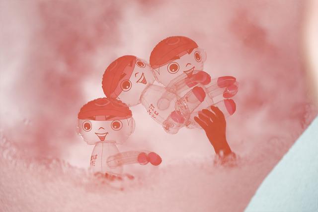 カープ坊やのビニール人形_08