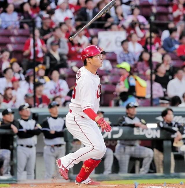 新井貴浩通算350二塁打