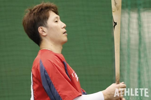 カープ西川龍馬「結果を残さないとチームは勝てない」 (1)