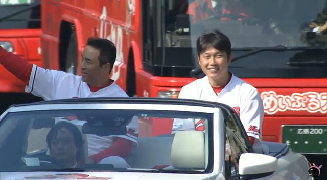 広島カープ優勝パレード01