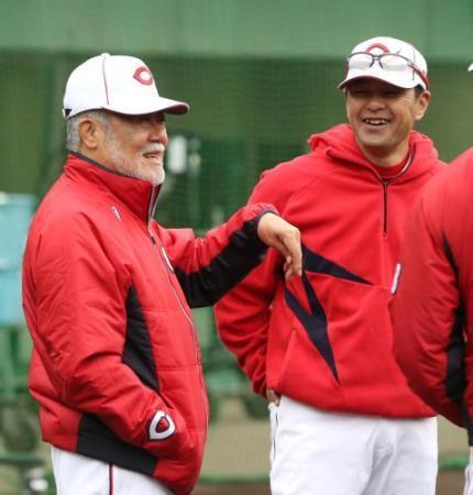 【広島】安仁屋コーチ「夜はパーっとやれ」「選手に飲みに行こうと言われたらいつでも行く」