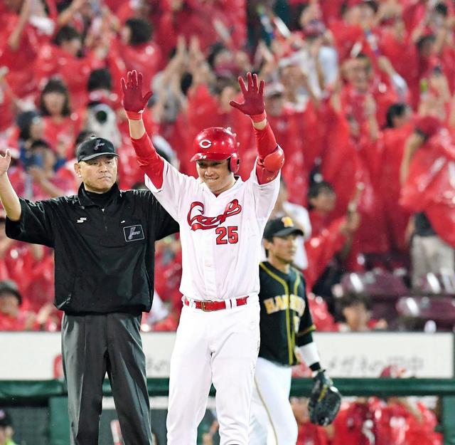 新井さんタイムリー3塁打
