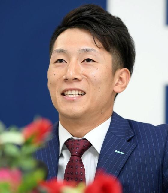 西川龍馬契約更改2017