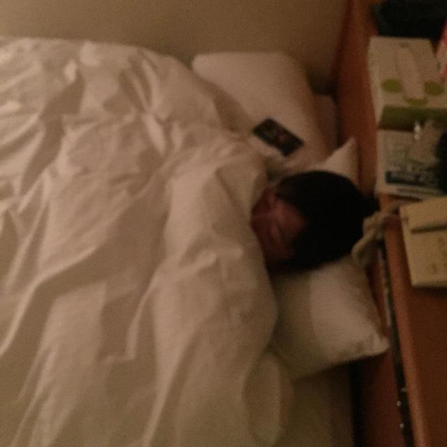 今村猛大瀬良大地の寝顔をUP_02