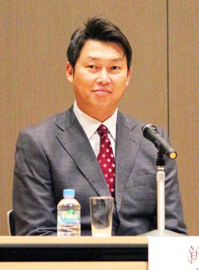 新井さんモデルデビュー金本
