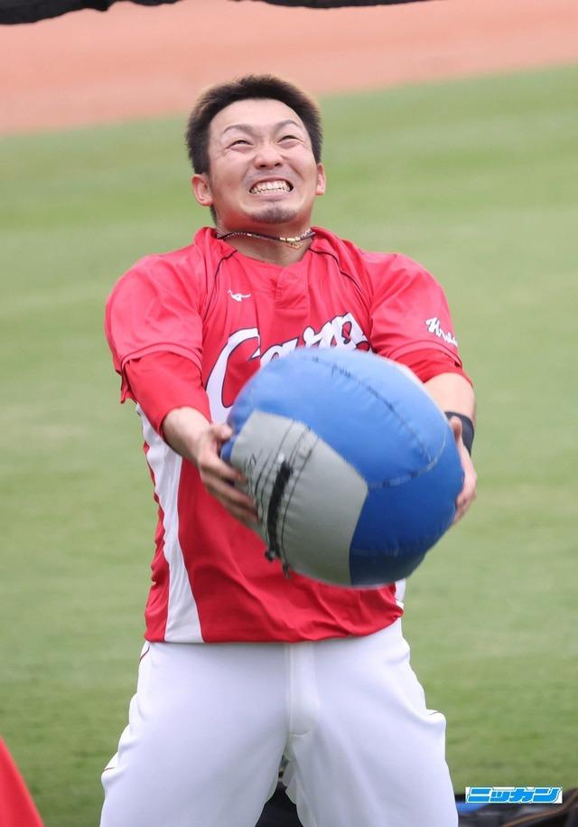 鈴木誠也メディシンボール (6)