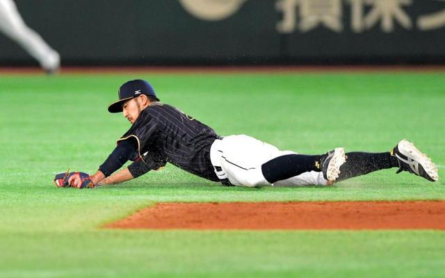 侍ジャパン菊池涼介ファインプレー (5)