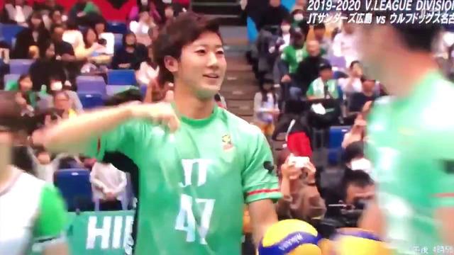 カープ山口翔中村恭平バレー始球式JTサンダーズ_03