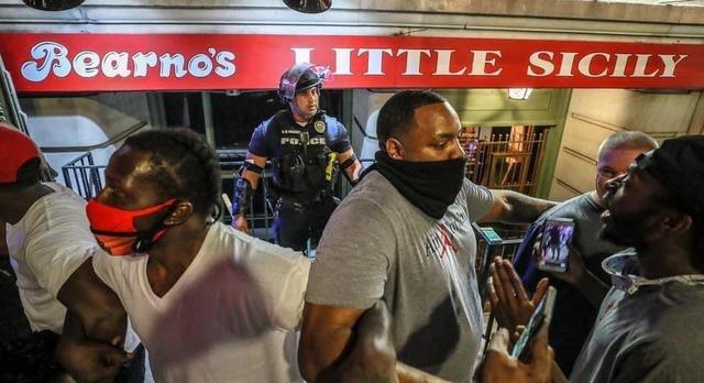 ミネソタ州の暴動_州外の白人勢力が合流し激化
