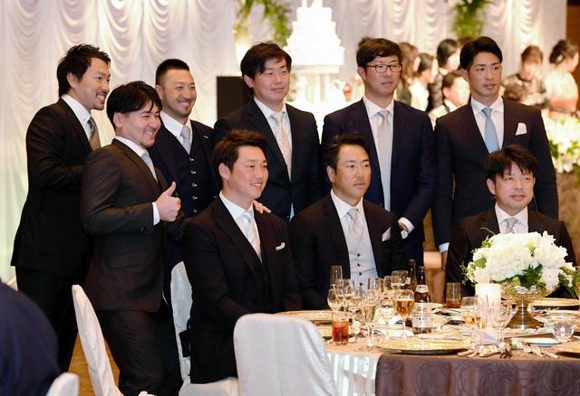 黒田新井さん大瀬良結婚披露宴出席